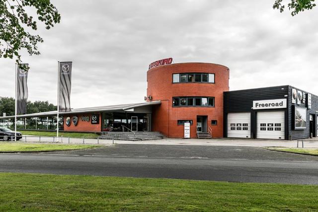 Auto Garage Almere : Freeroad almere mazda en suzuki dealer autobedrijf autokopen